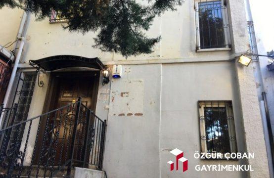 Levent'te Satılık 4 Katlı Villa – işyerine uygun (villa for office)